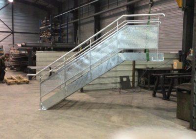 Fabrication et pose d'un escalier en acier galvanisé à Rochetaillée sur Saône