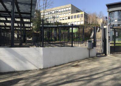 contrôle accès Oullins école citée Chabrière clôture et portillon