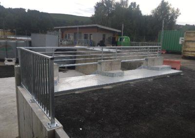 Garde-corps sur mesure en acier galvanisé pour une déchetterie en Isère à Panissage
