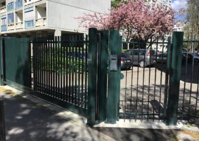 portillon d'un immeuble copropriété a Lyon 5e arrondissement
